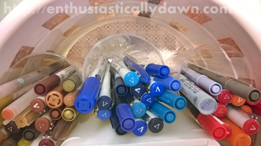 Creative Colored Pen Organizer (Makeover Monday)